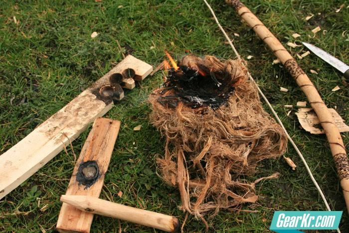 钻木取火火绒的制作方法