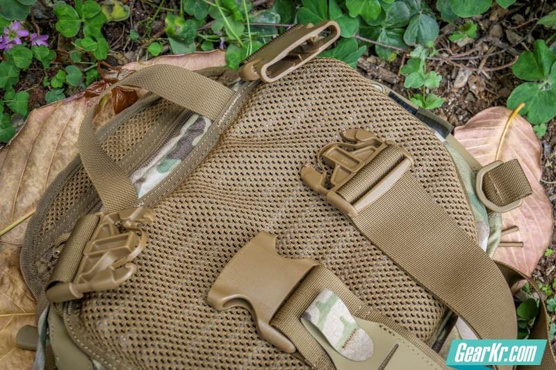 龙牙EDC元战术挎包-43