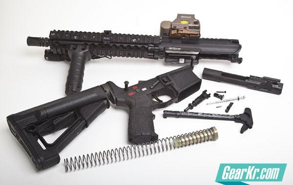 DIY组装AR系列步枪上下机匣
