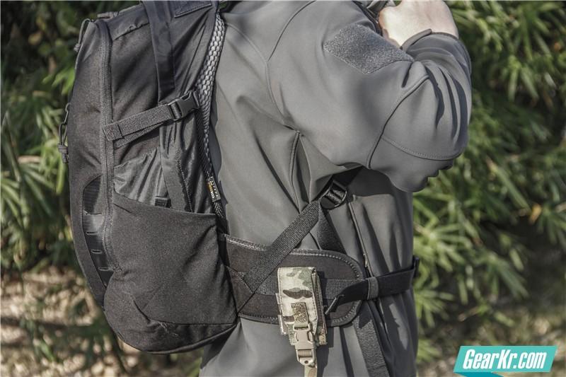塔虎22L战术背包39
