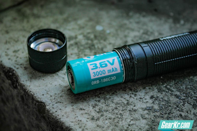 掌心妲己——OLIGHT H2R NOVA灵狐多用途可充电手电测评-25