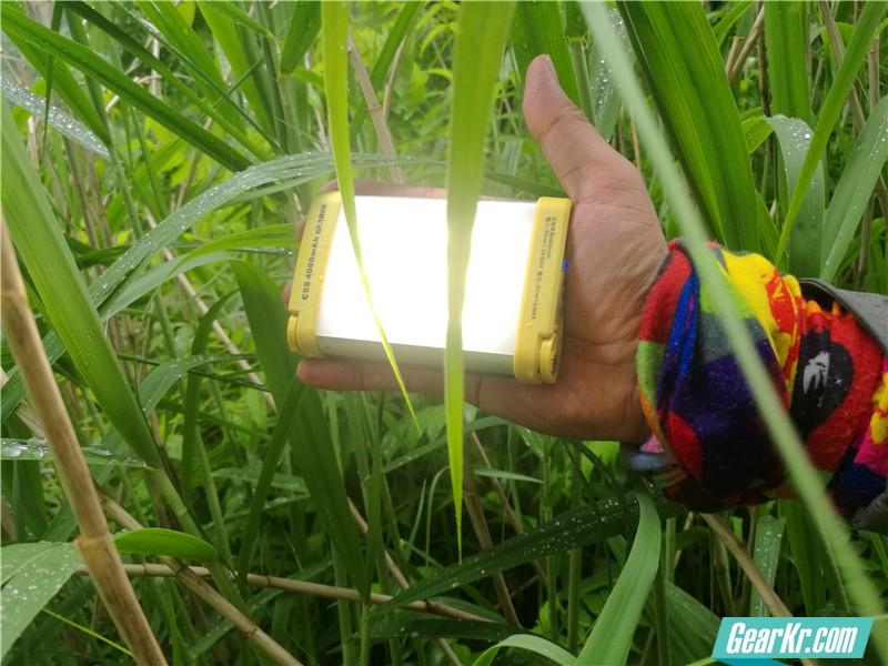 不能做补光灯的充电宝不是好营地灯-山瑞C5s多功能营地灯测评