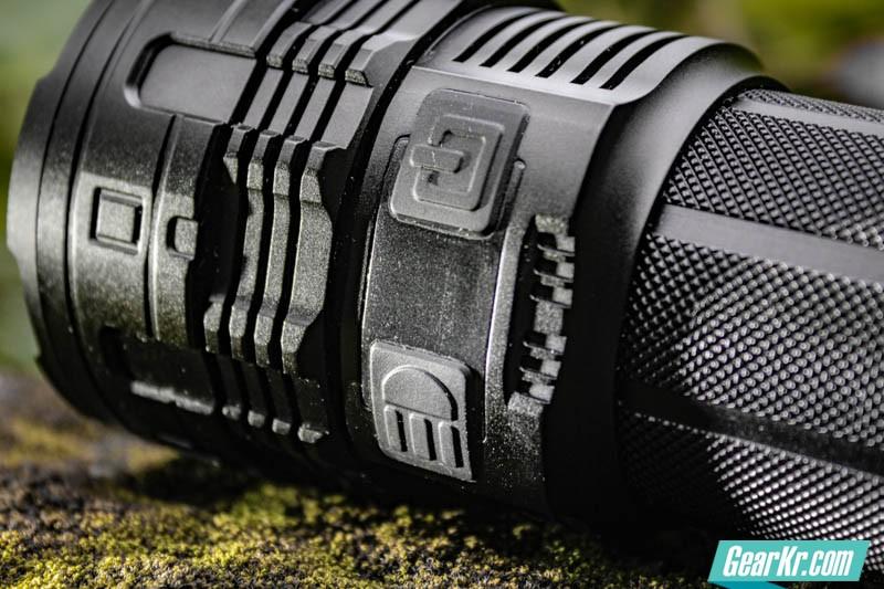 暗夜圣杯——IMALENT艾美能特DT70户外强光手电测评-15