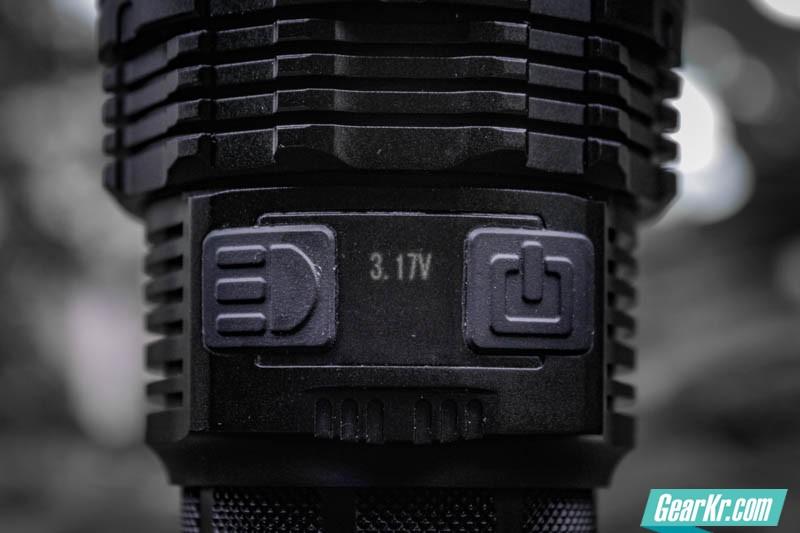 暗夜圣杯——IMALENT艾美能特DT70户外强光手电测评-28