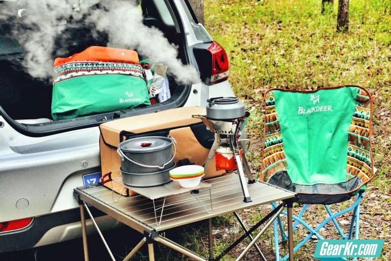 家庭野餐的好帮手–黑鹿露营套装。