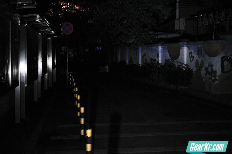 暗夜圣杯——IMALENT艾美能特DT70户外强光手电测评-43