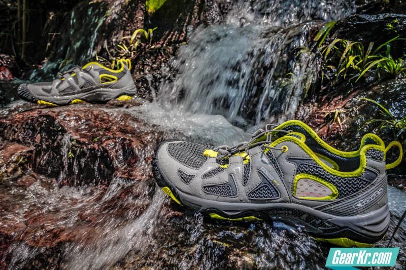 寄情山水——CLORTS洛弛红户外溯溪鞋测评