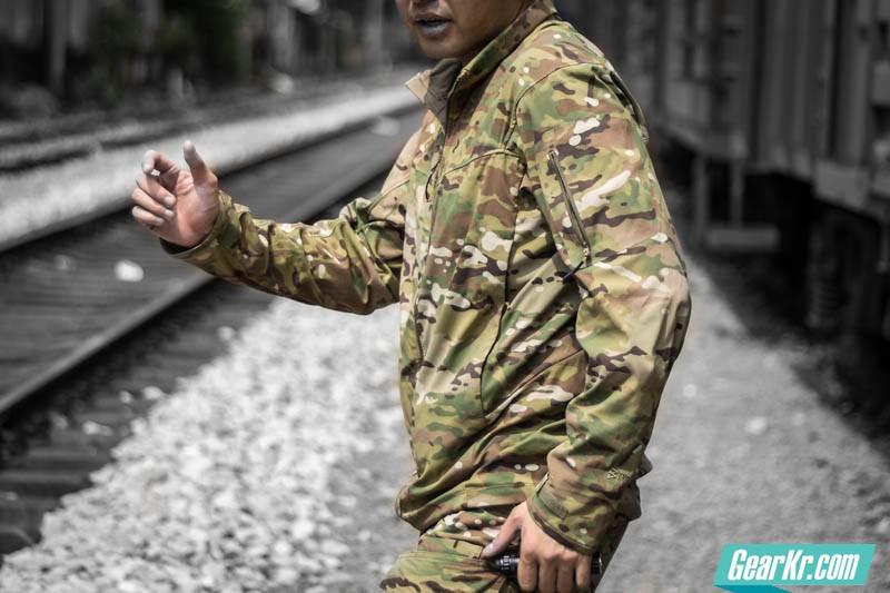 龙牙B4级利剑特战风衣迷彩版-32