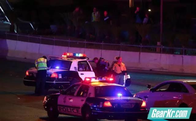 LVMPD的先锋力量!拉斯维加斯枪击案现场处置警方新闻图片集锦