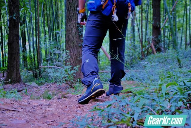 LA SPORTIVA BOULDER X MID GTX防水登山鞋试穿体验