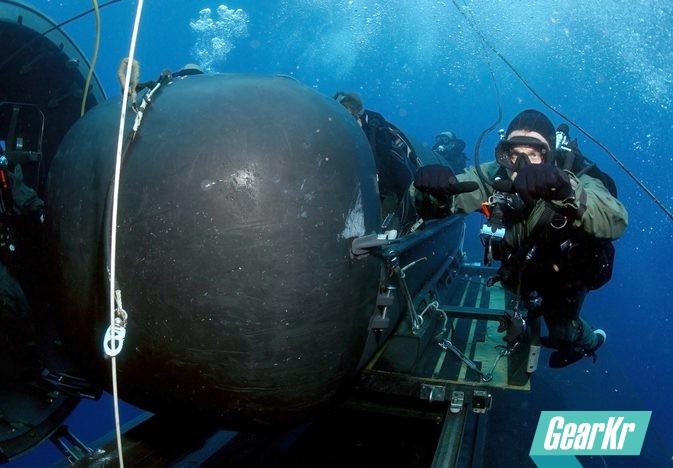 美国海军海豹特种部队潜水装备