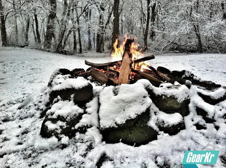 Bushcraft高阶技能 — 如何在潮湿情况下燃起一堆篝火