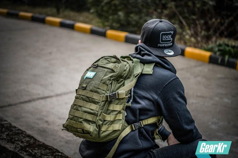 未命名解药 — COMBAT2000???战术背包测评