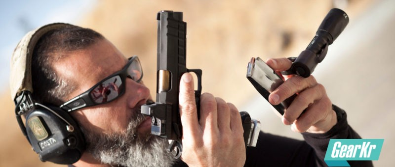 操控要素:手枪操作区释义