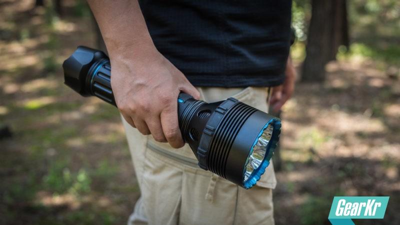 用2.5万流明撕裂黑暗——OLIGHT X9R(掠夺者)使用评测