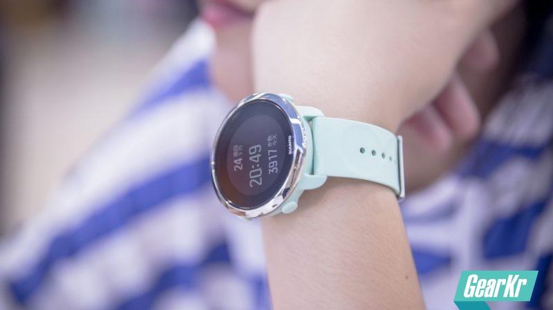 轻巧的7X24全天候健康管家 — SUUNTO颂拓3 FITNESS风度智能运动手表