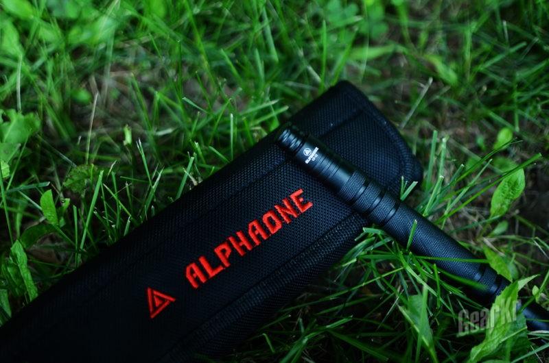 突破传统 小巧稳固 — ALPHAONE CP12甩棍
