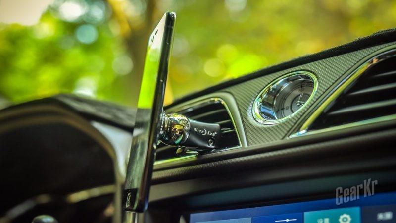 触手可及 安全稳定——奈爱斯蒂莱出风口夹定式车载手机支架评测