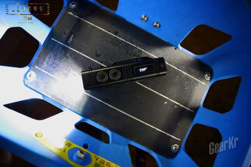 超级小方块 万流明掌上小核弹NITECORE TM10K深度评测