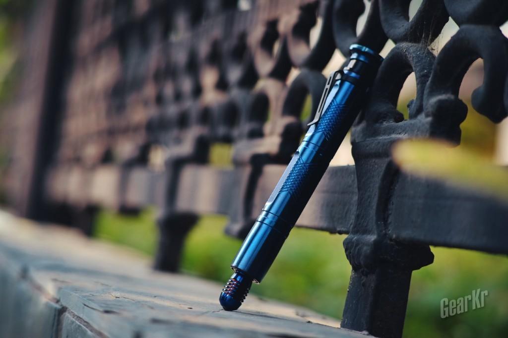 能随身、有颜值还能给你安全感的,除了男友还有它——弘安保罗烧蓝全钢P12锋芒测评