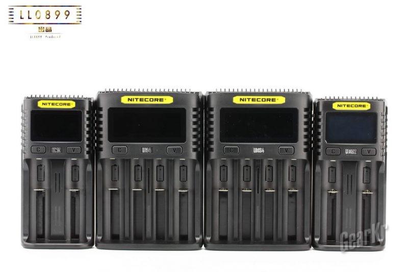 高性能充电器四连发NITECORE新品充电器um系列评测