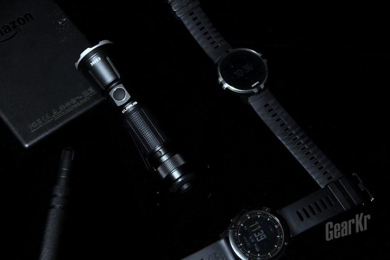 骚气操作,防水强悍的KLARUS凯瑞兹360X3强光战术手电使用体验