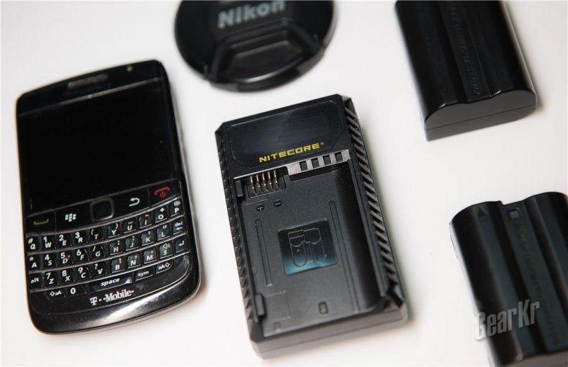想在哪充在哪充,老法师再也不用担心相机没电了——NITECORE UNK2尼康相机电池充电器评测