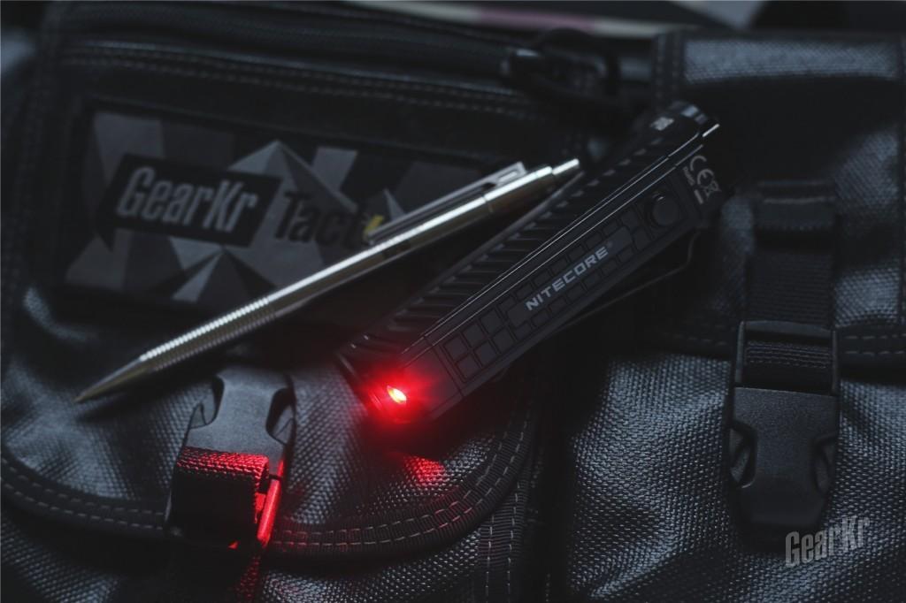 隐蔽操作,无声而动——NITECORE P18一体铸造双光源静音战术手电