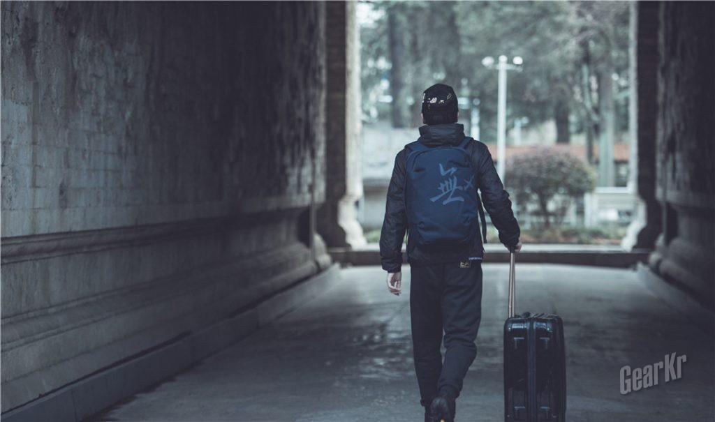 穿越古今,经典于时尚的碰撞——无缺 PLUS版17寸城际商旅电脑包测评