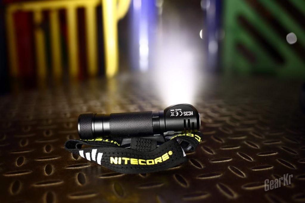 头灯也疯狂 2700流明超级头灯NITECORE HC35评测