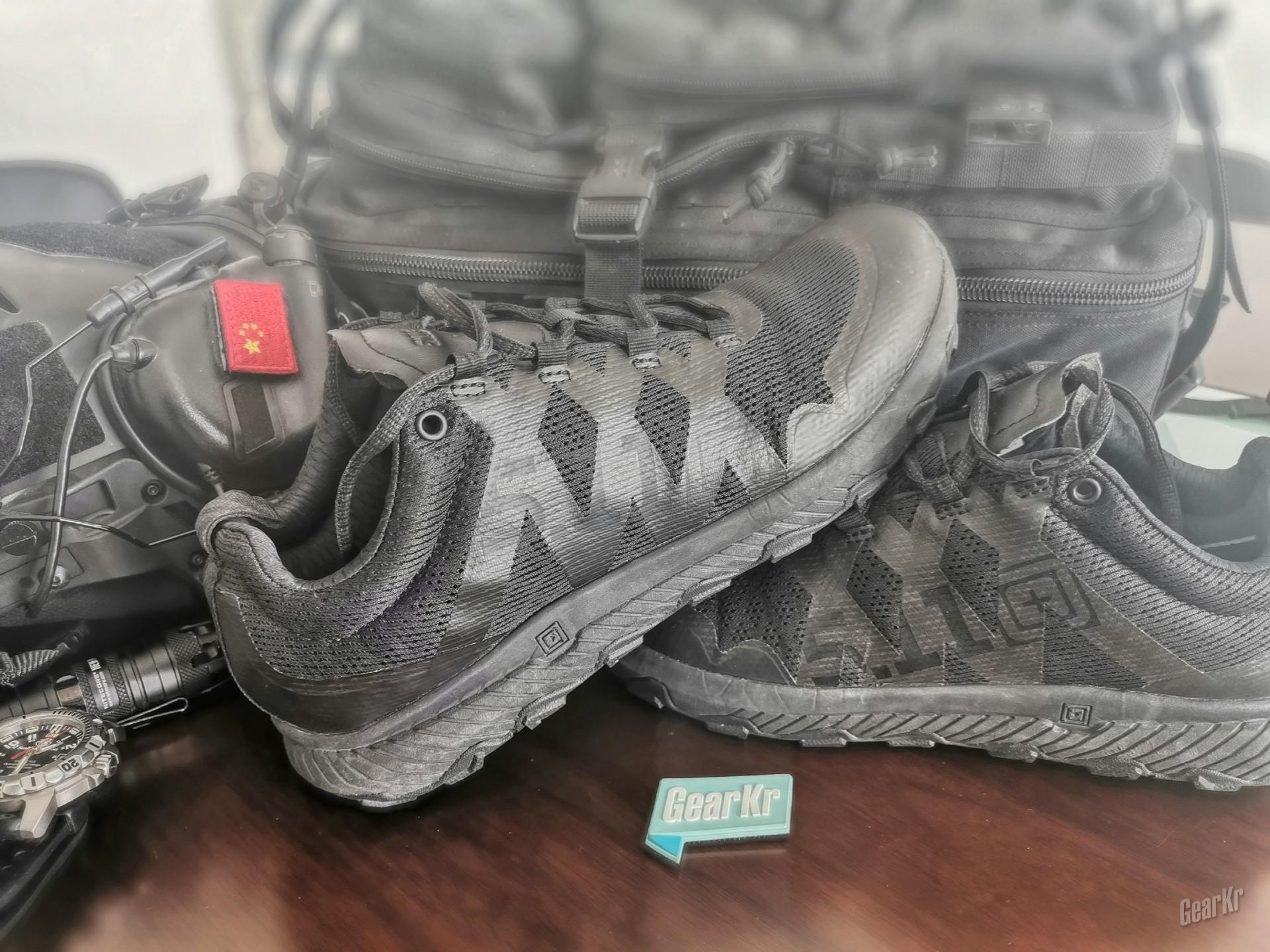 柔中带刚——5.11 A.T.L.A.S鞋靴系列12429低帮全地形训练鞋测评