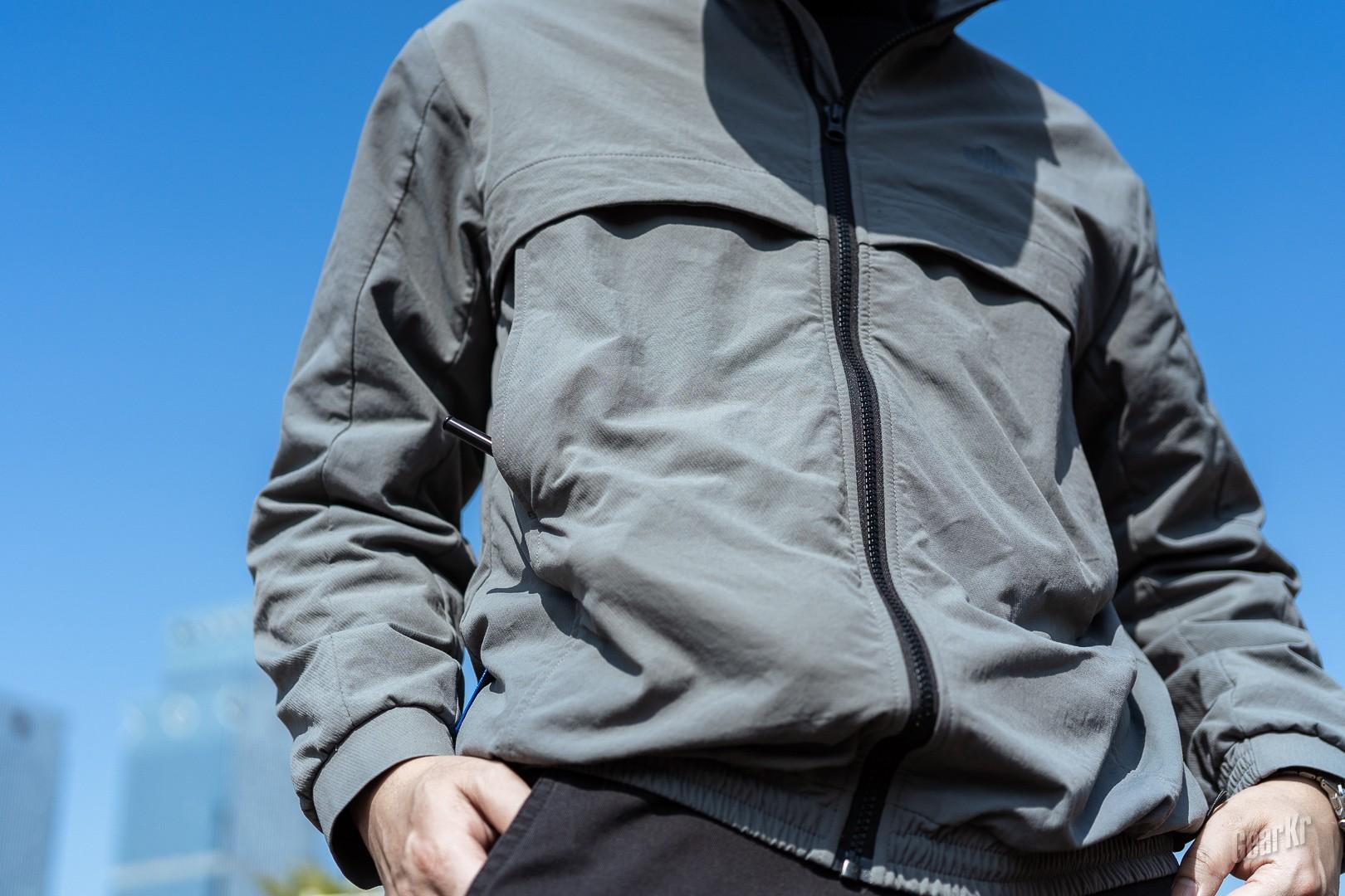 功能与时尚兼得的单导黑洞夹克简评