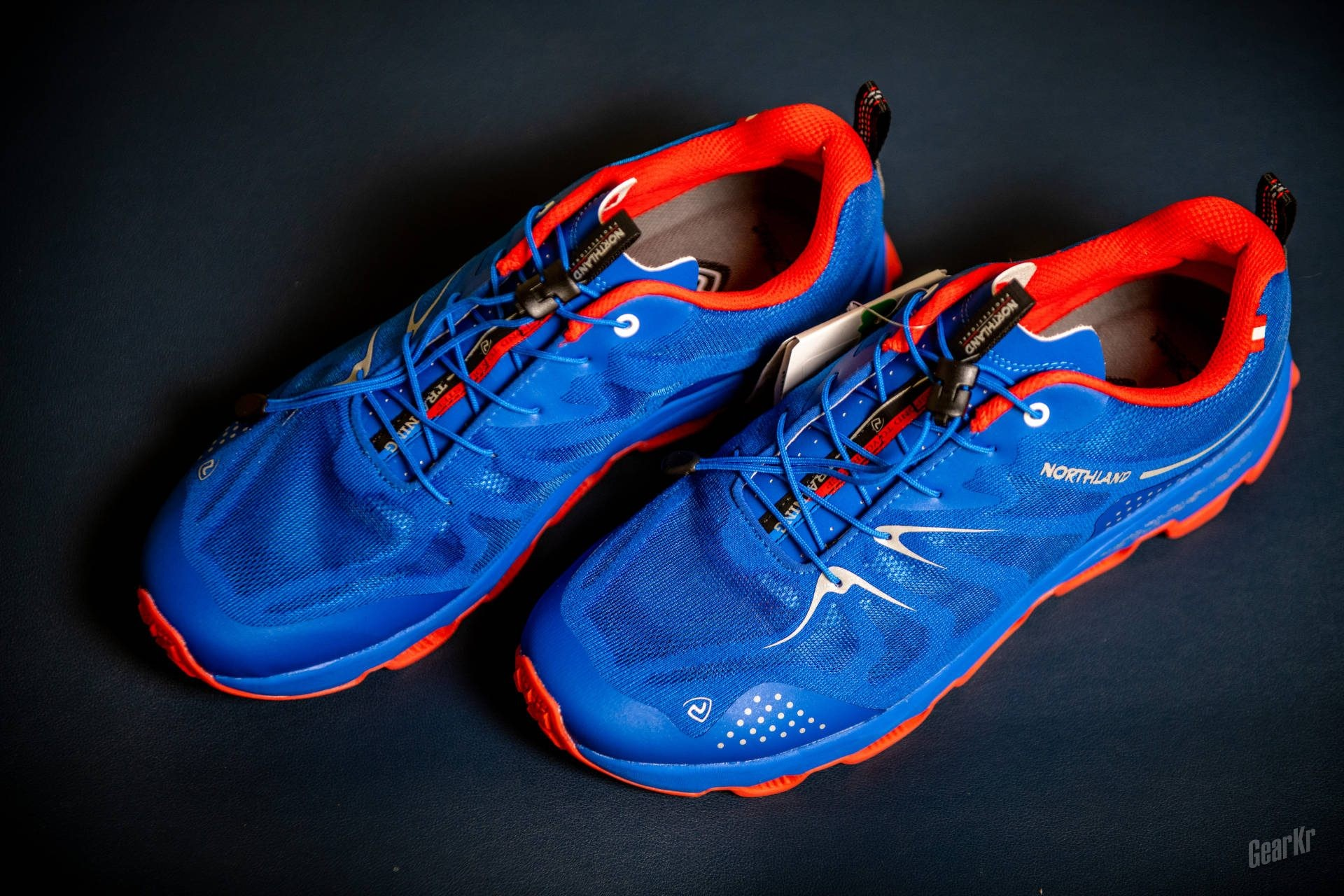 穿起来轻便透气,跑起来缓震舒爽——诺诗兰SKY 1.0 ECO跑鞋初体验