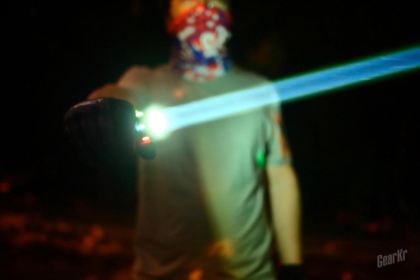 天行者的激光剑——雷鸣兔THOR II激光电筒评测